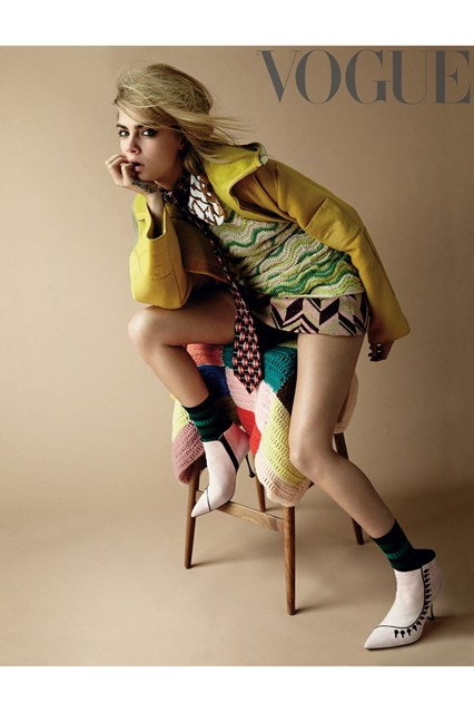 Cara-High-Res-Online-rgb-vogue-29jul14-pr_b_426x639