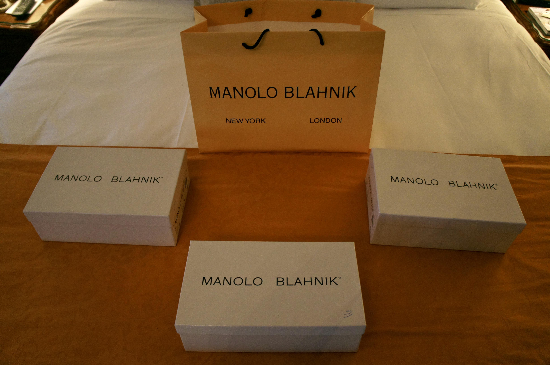 Manolo Blahnik Sale